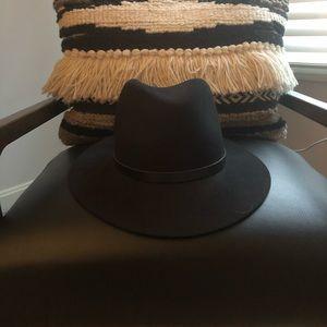 Rag and bone felt hat